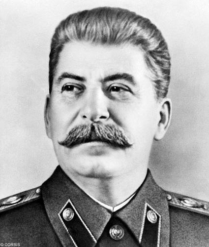 Stalinin ailə sirləri və ya rəhbərin neçə uşaqları olub?